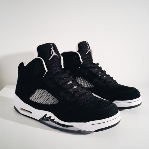 420da7350597 Nike Air Jordan 5  Oreo  7.5UK 9 10 All I m items are - Depop