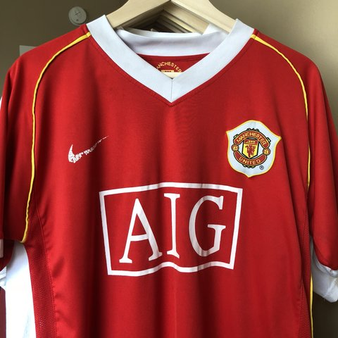 59d1b12dd @pfrvintage. 3 months ago. Los Angeles, United States. Nike AIG Manchester  United Soccer Futbol Jersey