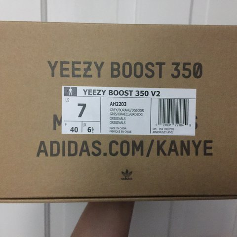 137150a7a1aeb ... usa yeezy boost 350 v2 beluga 2.0 us 7 uk 6.5 brand new with depop b4dc1