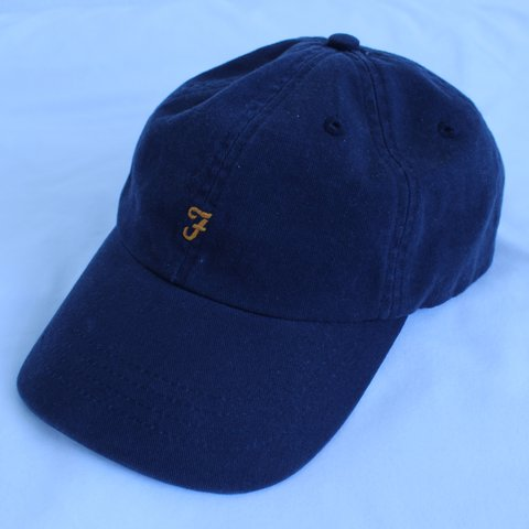 Perfect condition navy Farah cap 04dea2004e8