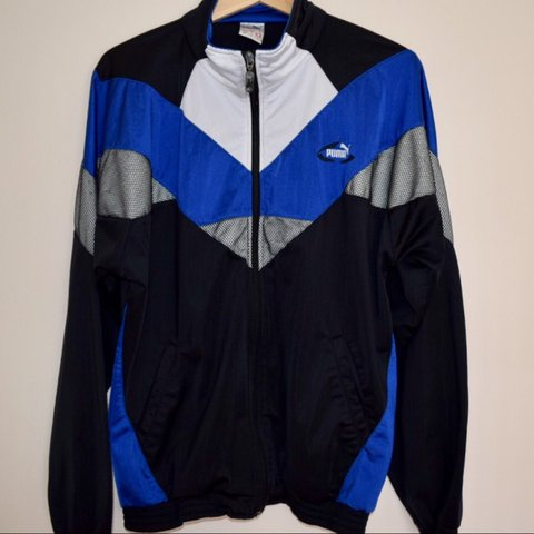 562c71953e4c 🍊⭐️Genuine vintage Puma sports jacket in black and blue    - Depop