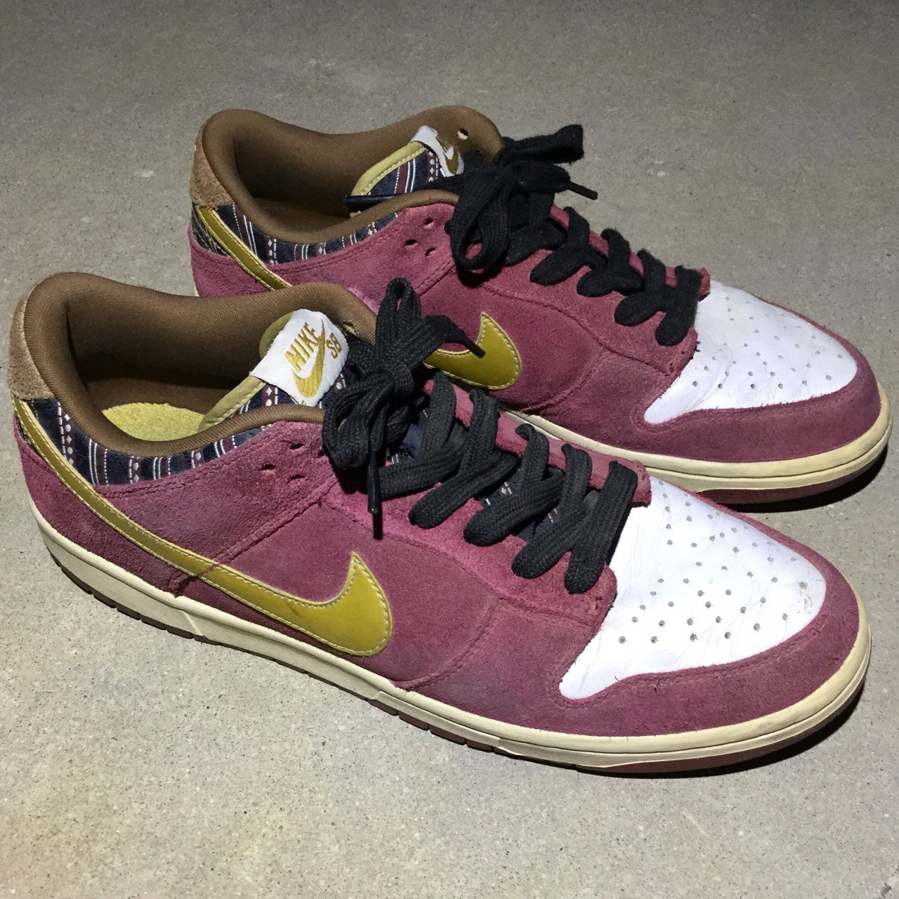 best service a29b5 2210a Nike SB Dunk Low Ron Burgundy Anchorman Shoes!!! Color isn t - Depop