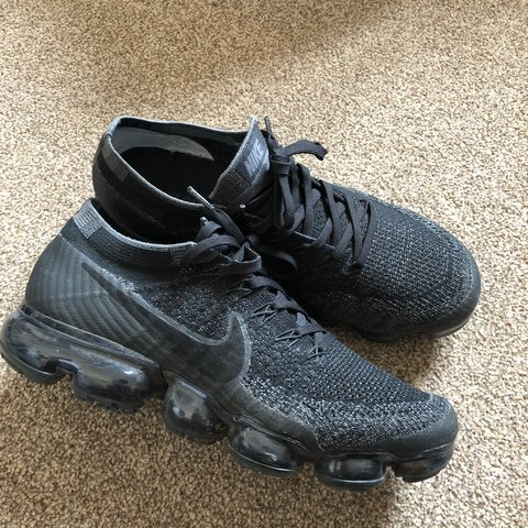 09dcf2bf8 Nike Vapormax flyknit 1.0 Triple black!! Probs one of the - Depop