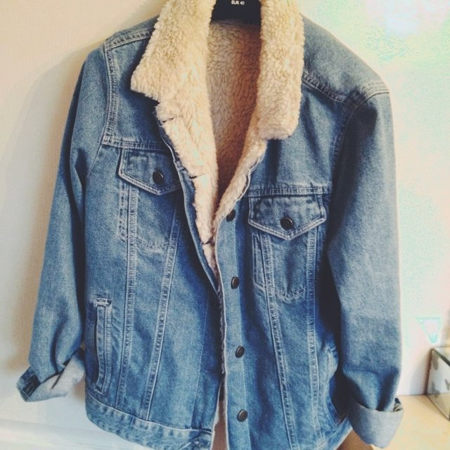 Topshop denim jacket with fur lined collar, size 14(would fit ...