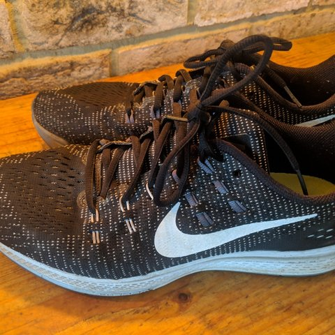918e163d87015 @hywel. last month. River Park Road, GB. Men's Nike Running Trainers - Size  11 B&W Good used condition; only worn a couple of times.