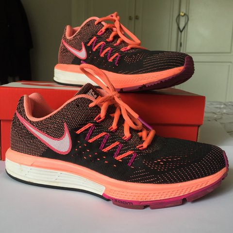 new style 72858 4e7ce  nisha 1. last month. Epsom, United Kingdom. Nike Zoom Vomero 10.  Orange purple black