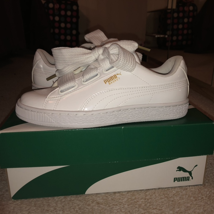 pretty nice 9c839 d9588 Puma Basket Heart Trainers in patent white, Size... - Depop