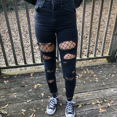 6470a01b327 @soassthetic. last year. College Park, United States. Forever 21 ripped  black skinny jeans. Super cute ...