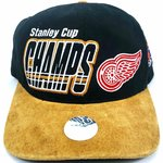 d2649b37f775a Vintage 90s DETROIT RED WINGS.  35 · Deadstock SnapBack Minor league  baseball