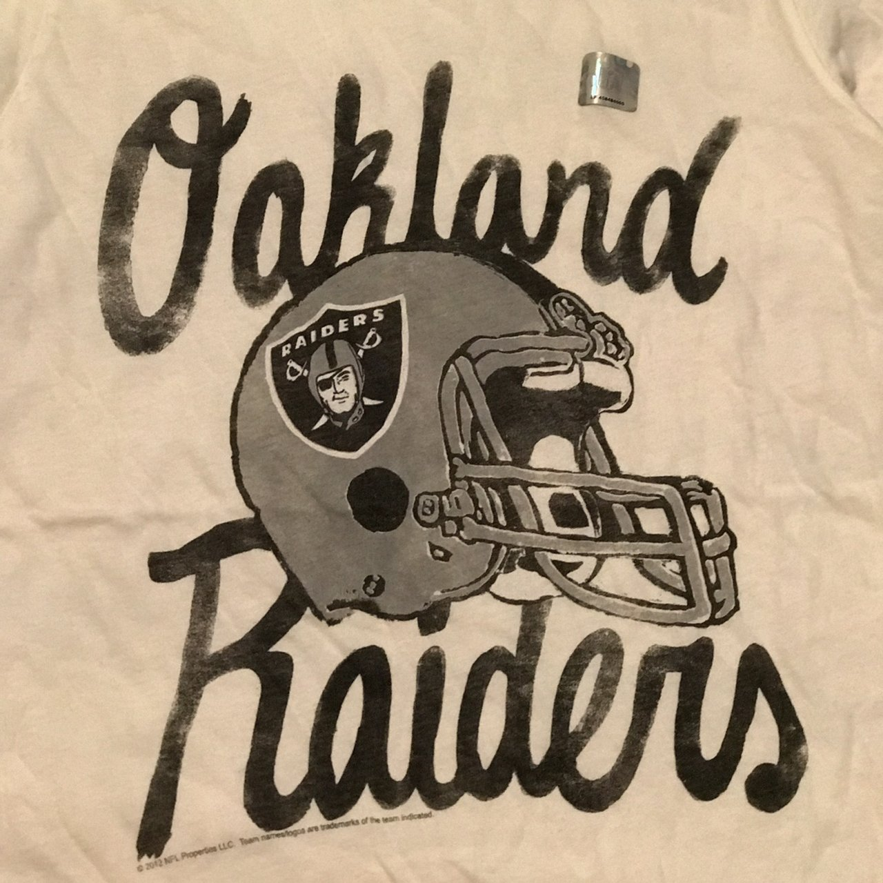 Nfl Oakland Raiders By Junkfood Clothing Size Medium Cream Depop