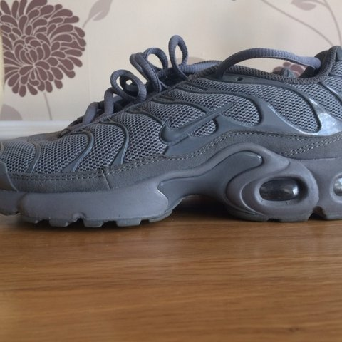 cda1d79f5e Grey hardly worn Nike TNs size 6 trainers. Grubby bottoms is - Depop