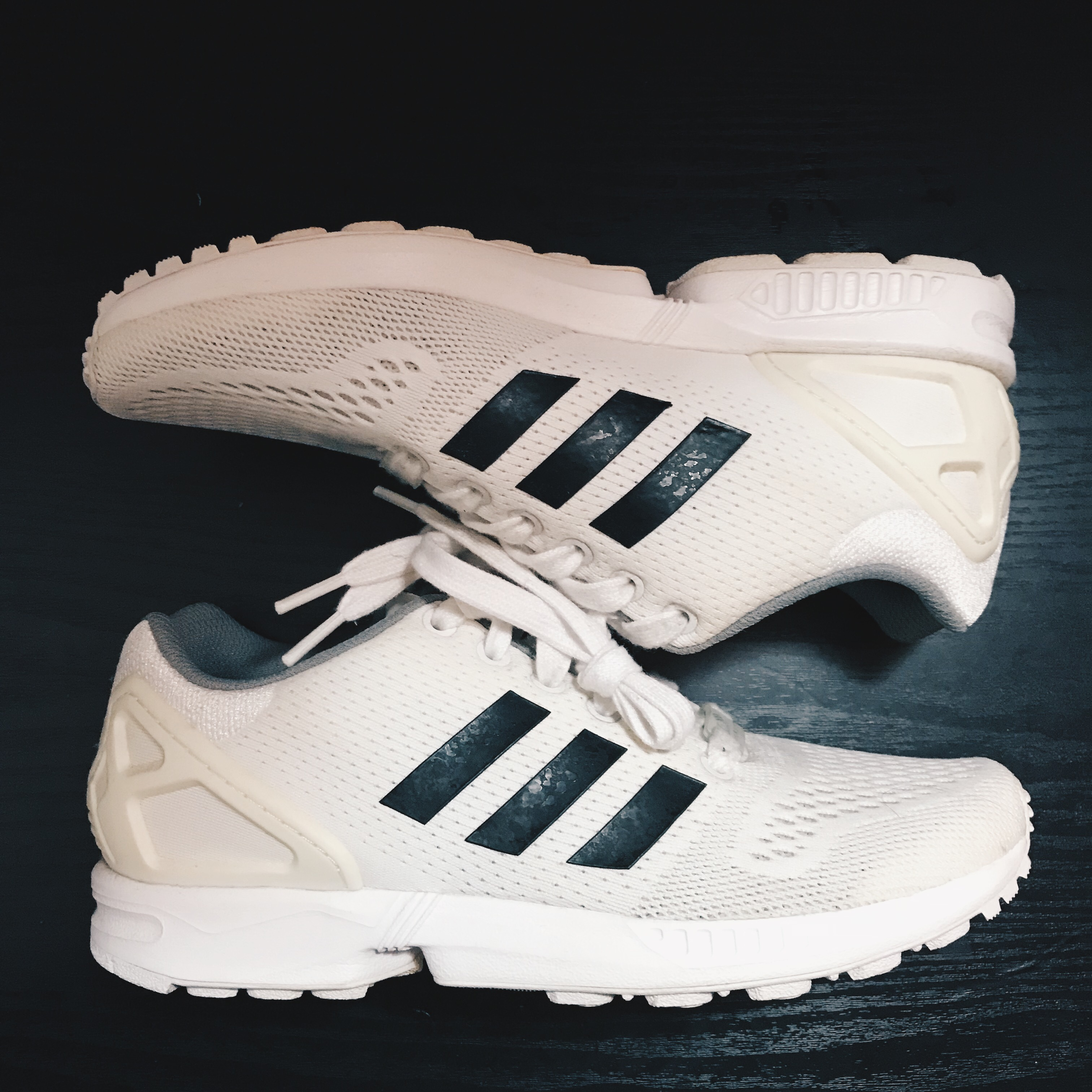 cheap for discount ae0ee bacd7 Adidas ZX Flux Primeknit White Mens US 6 W 7.5.... - Depop