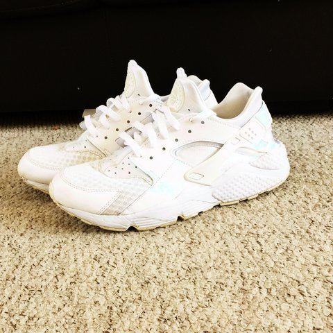 best website a6325 214dc  tytiller. 2 years ago. Northampton, United Kingdom. Nike Huaraches Triple  White - Size 9. In Great Condition despite being used.