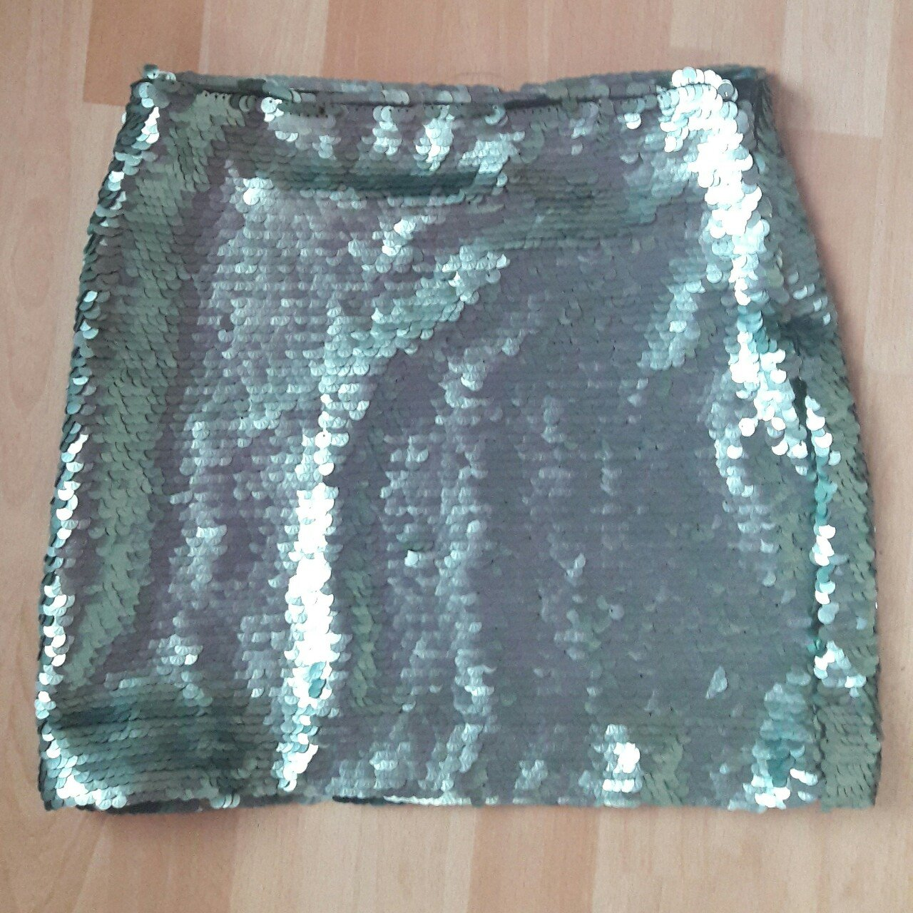 80f419ffb0 Blue sequin mini skirt by Mango Elasticated waist Fully  XS - Depop