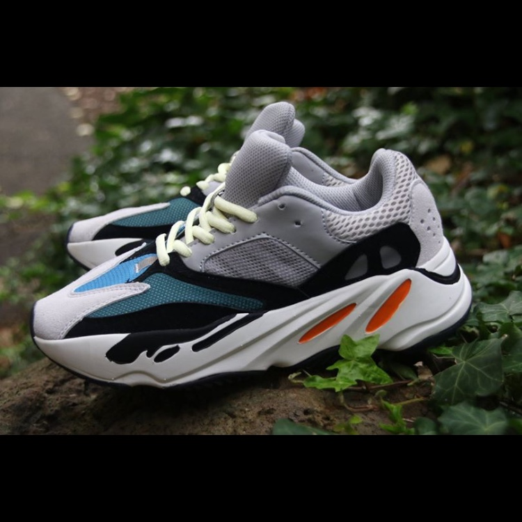 the best attitude 1b090 87521 Yeezy wave runner 700 - fakes (they look real... - Depop