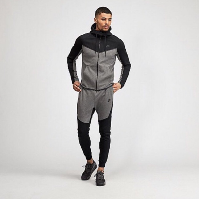 nike black tech fleece tracksuit