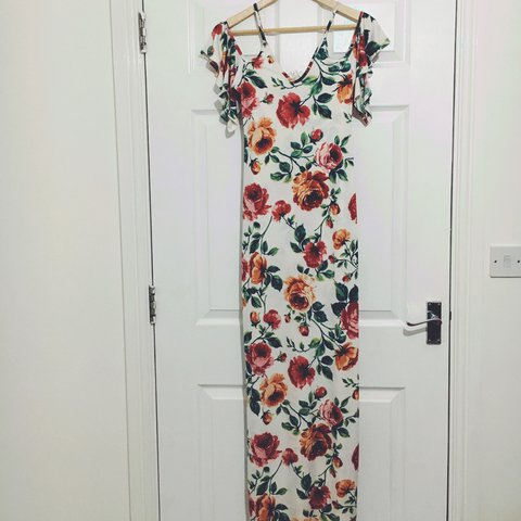 785756eb4542 @sdione. last year. Ipswich, United Kingdom. Boohoo floral maxi dress with cold  shoulder ...