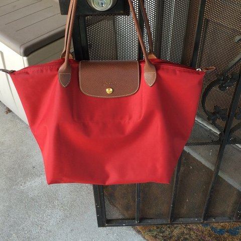 0a5e8b5e40c Red Longchamp Le Pliage Large Tote Bag ✨ WORN OUT ONCE ✨ as - Depop