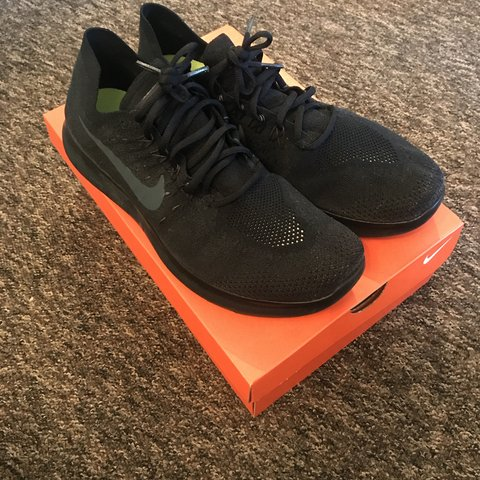 35e1f4d16f FOR SALE. Nike free run Flyknit size uk 10.5 will fit 10 or - Depop