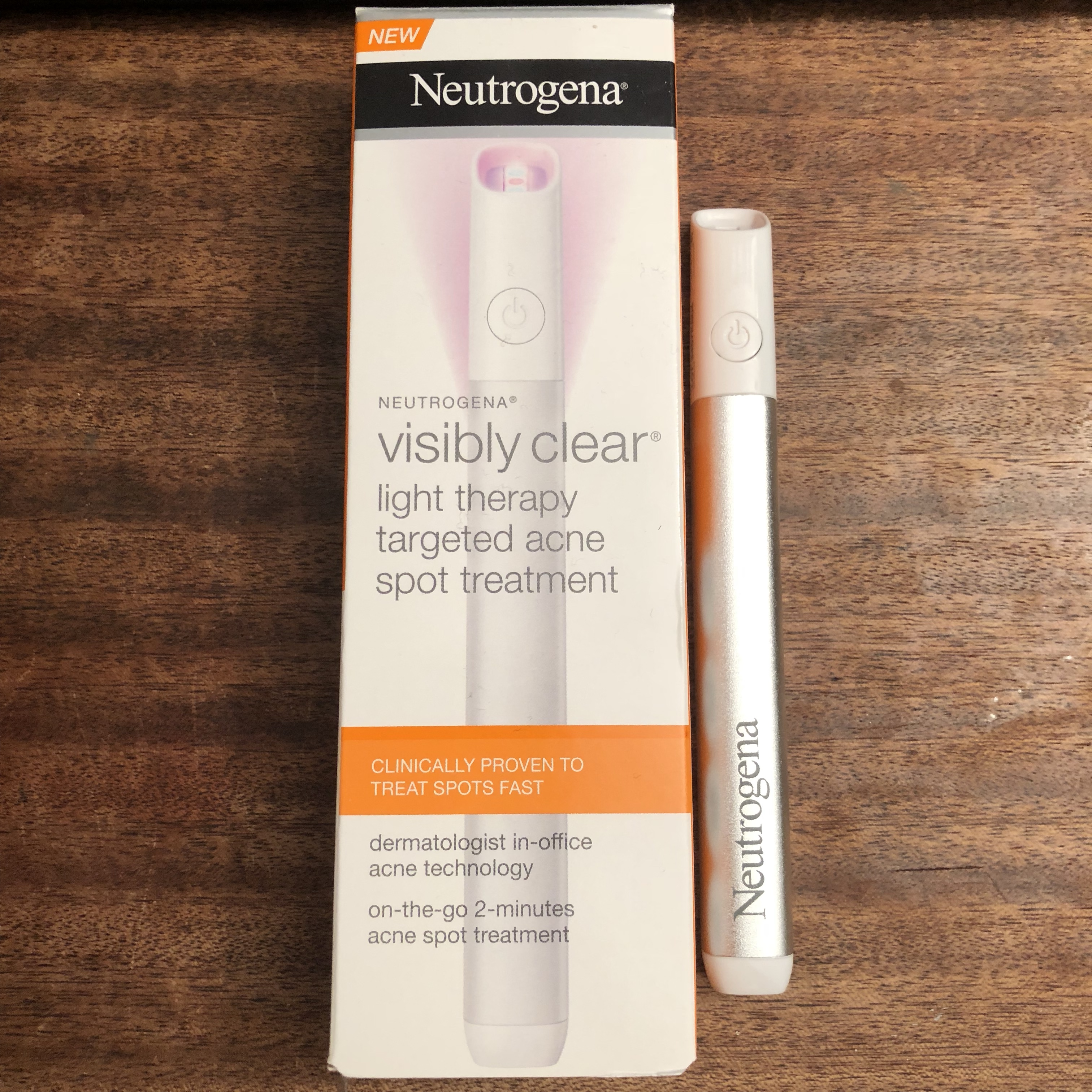 Neutrogena Visibly Clear Light Therapy Pen Targeted Depop