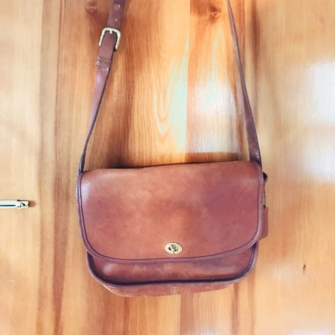656bfccc143 PRICE REDUCED!  vintage  coach crossbody brown  leather bag - Depop