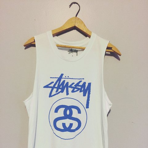 67b7c380 @ingrid92. 2 years ago. Longueuil, Canada. Stussy muscle tank top. Worn once .