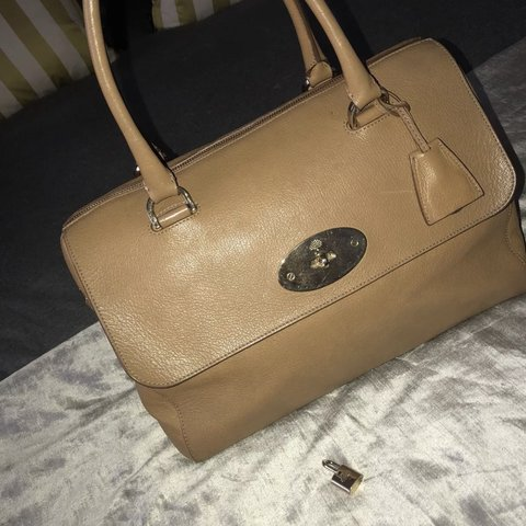22ee44d3a84f Mulberry Del Rey in Deer brown Glossy Goat leather with of - Depop
