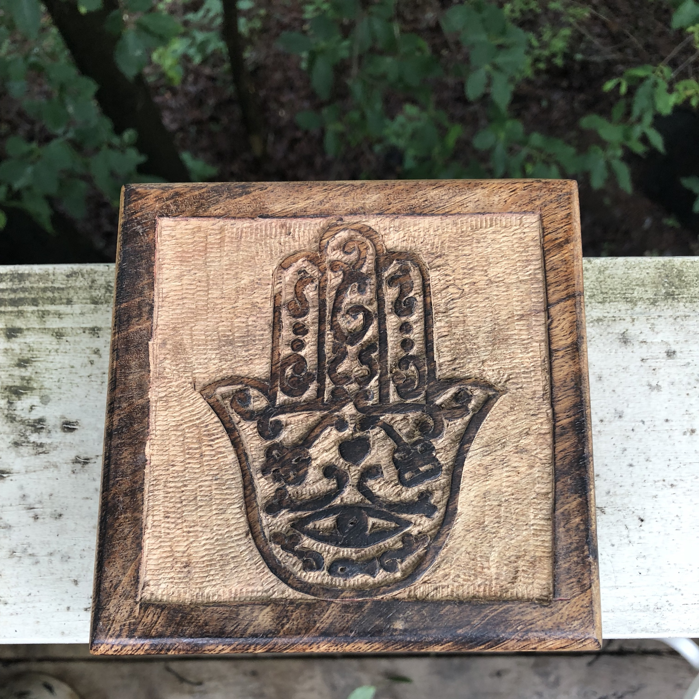 Hamsa hand with evil eye hand-carved box  Great    - Depop