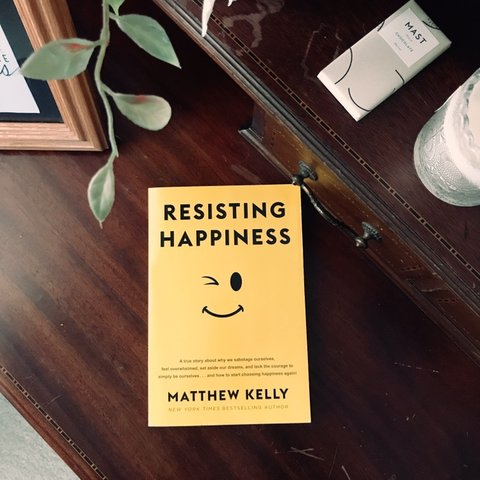 Happiness book Resisting