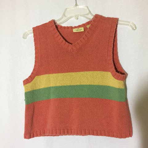 ab092b297a0b9  cosmicstar. 19 days ago. United States. Nice vintage semi-cropped  sleeveless sweater ...