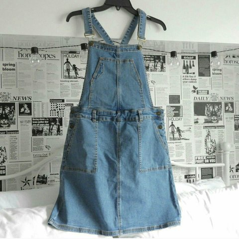 9c0cb254b1 FREE POSTAGE 🦄 🌿💞 tu denim dungaree dress. size 14 but a - Depop