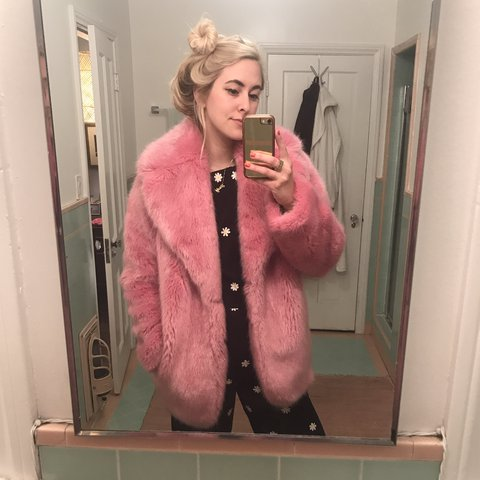 78bbbd54a185a 💕STUNNING pink j.crew faux fur coat. Totally sold out in so - Depop