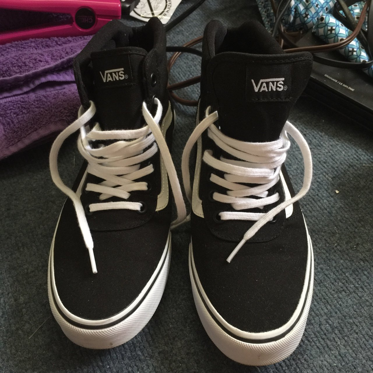 5e8ea568652 Women s Vans Ward Hi. Black white. Size  8.5. Worn only but - Depop