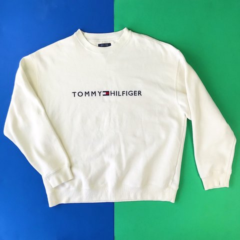 6c98be56 90s Vintage Tommy Hilfiger embroidered Spellout logo cream / - Depop