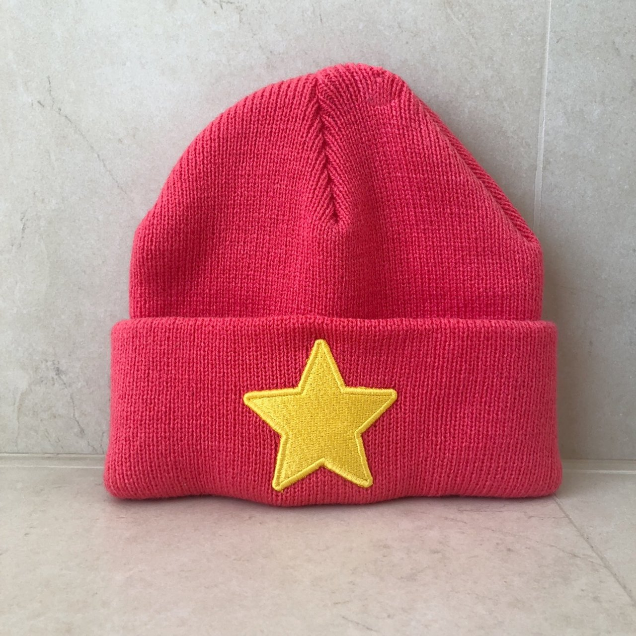 58c73ca3156 PINK STEVEN UNIVERSE EMBROIDERED STAR BEANIE 💕💞✨ • this is - Depop