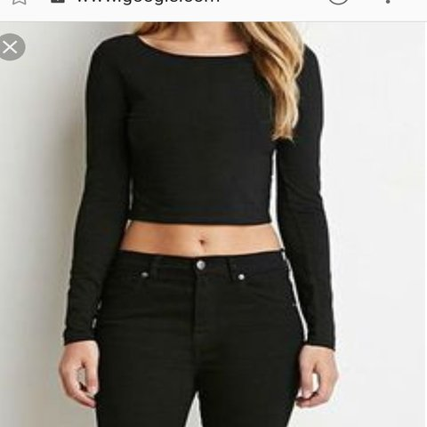 ad50992164e @rvdkemiw. 6 days ago. California, US. Forever 21 long sleeve crop top.