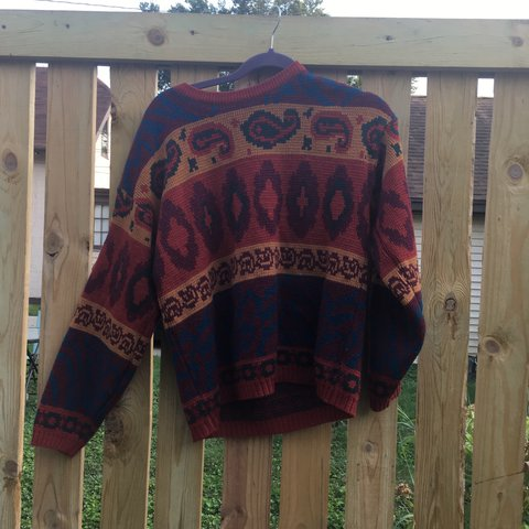 a6134c09e05 Very Very cute sweater i found at a thrift store near me. I - Depop