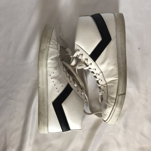 dae19ccac1d vintage pony sneakers! labeled as a men s 8 so close to a i - Depop