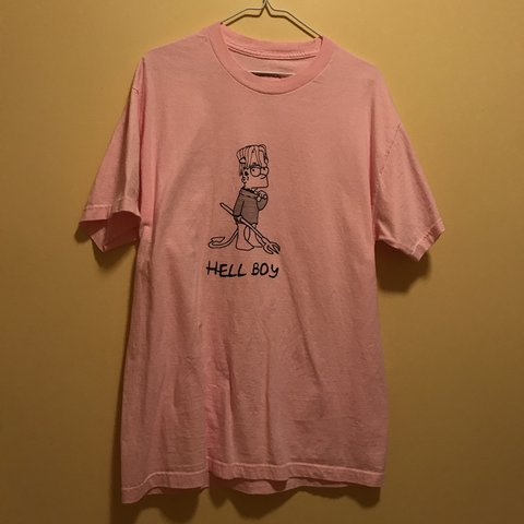 beab74d9 @quadeforester. 2 months ago. Lino Lakes, United States. lil peep  superrradical hellboy tee