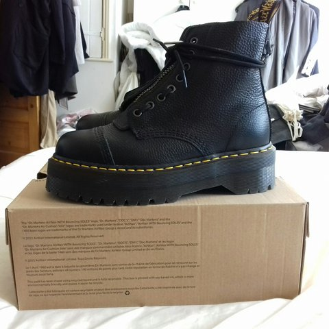 8453fed2a8ad Dr Martens aunt sally BLACK leather SINCLAIR JUNGLE MUCH - Depop