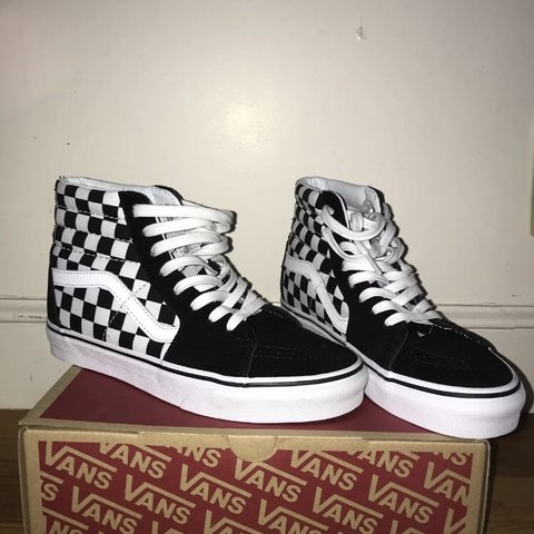 b0d4265084dd High top checkered vans. Brand new I just got the wrong size - Depop