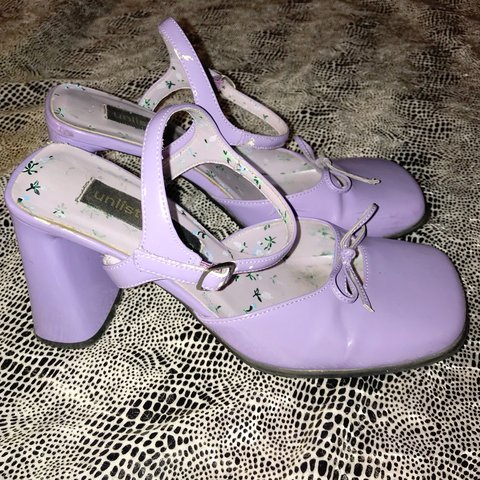 eceeed5f569 the Tiffany pumps 🍬 Lavender patent leather chunky heels of - Depop