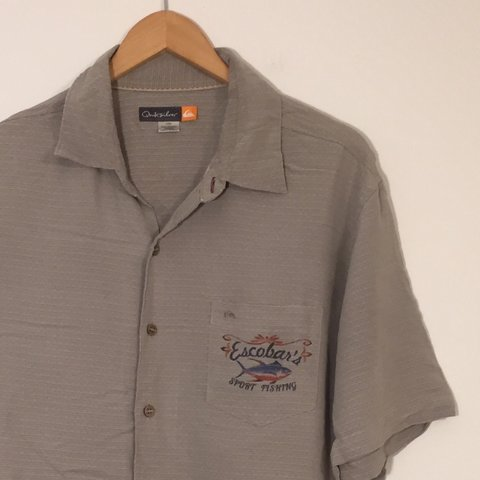 a828e7db @yourthriftythreads. last year. Miami, United States. Mens Quicksilver  Marlin Sport Fishing Short Sleeve Button Down Shirt