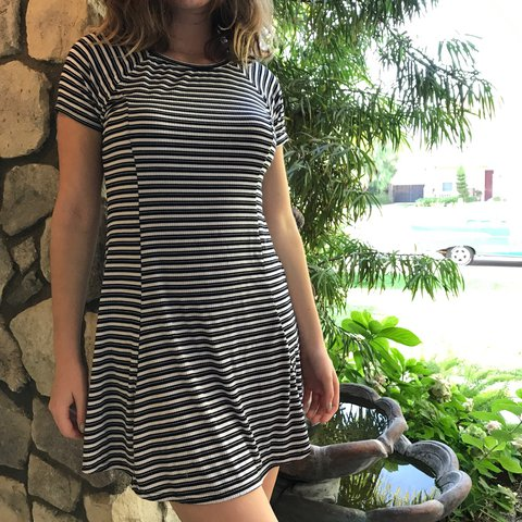 7d91eb3690 Vans black and white striped skater girl dress! This dress - Depop