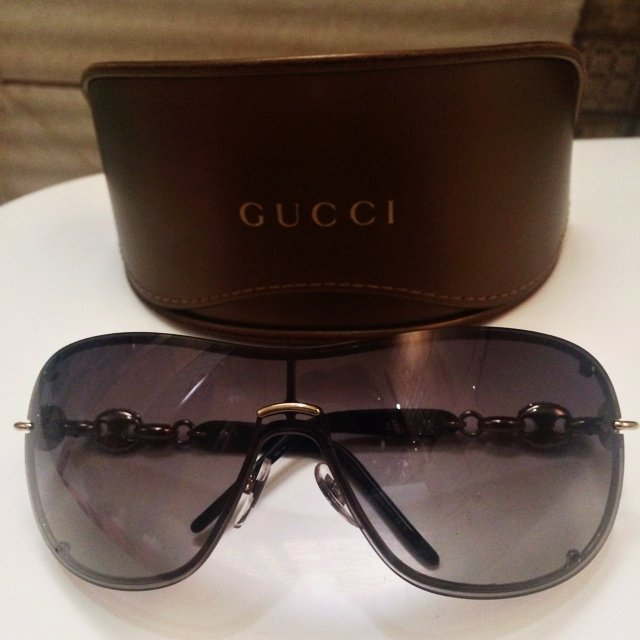 b964bcb66ccfa Authentic pre-owned Gucci sunglasses. Used once. Excellent - Depop