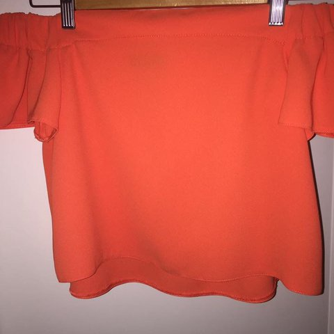8e638cb6d52611 TOPSHOP - PETITE orange off shoulder top size 6-8 fits (worn - Depop