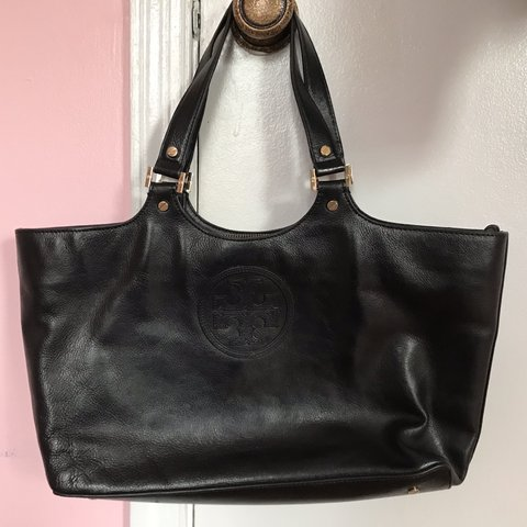 d6e80d5871ae used Tory Burch purse tote in good condition. measurements  - Depop