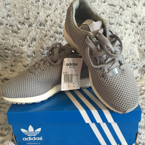 1a11cd73d Brand New Adidas Originals ZX FLUX Size 5 👟🔥  zxflux  mens - Depop