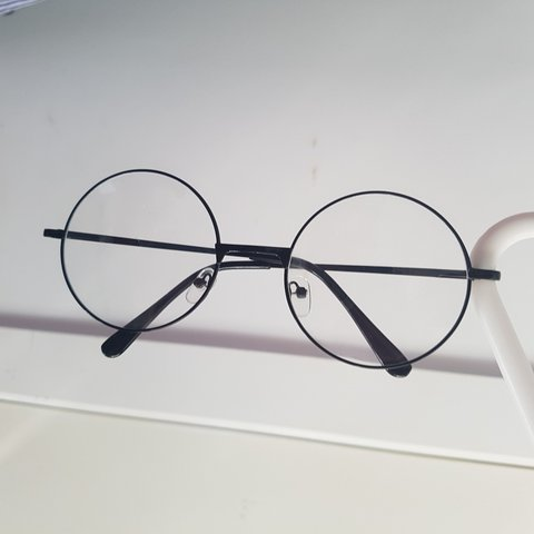 2d1323efb3 on hold for  nessaalx Circle frame glasses with clear had a - Depop