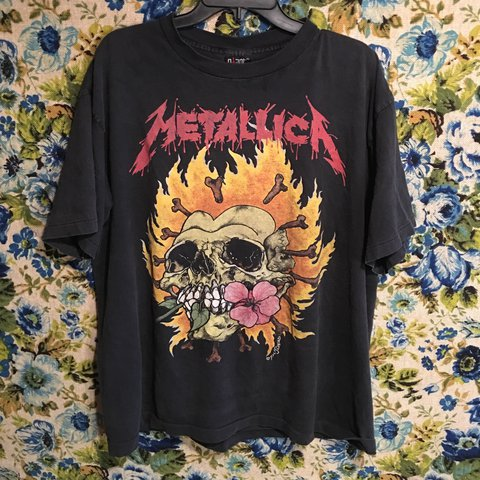 24d1963e Vintage Metallica tramp stamp tee, featuring art by pushead. - Depop